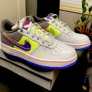 Nike Air Force 1 (LV8) GS 5.5